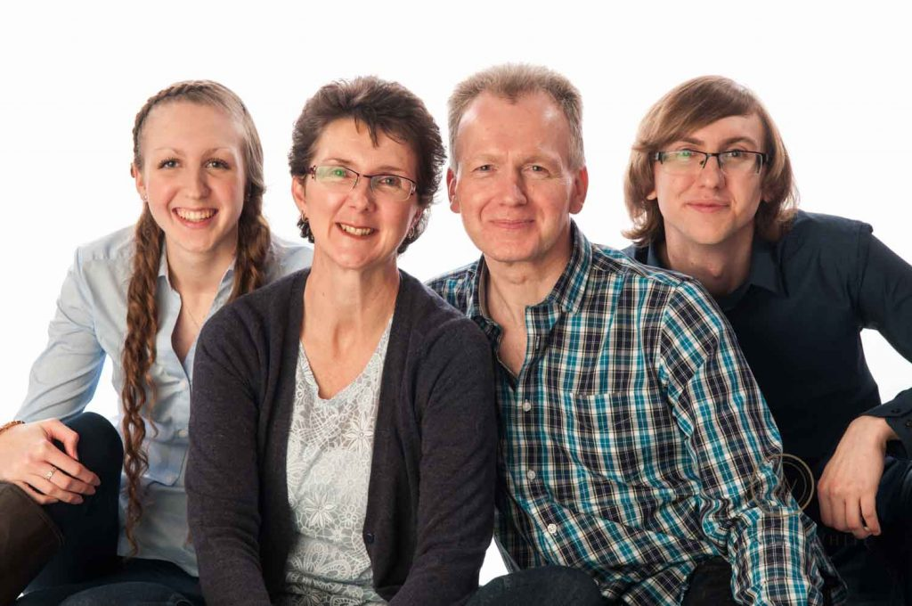 Family photo shoot in Horsham West Sussex Christmas Present Photography (1)