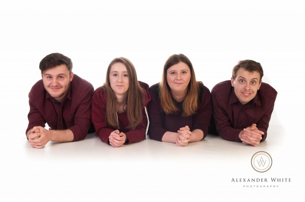 Family photo shoot in Horsham West Sussex Christmas Present Photography (3)